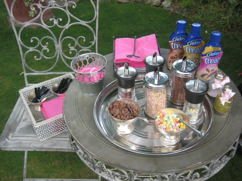 ice-cream-sprinkles-table