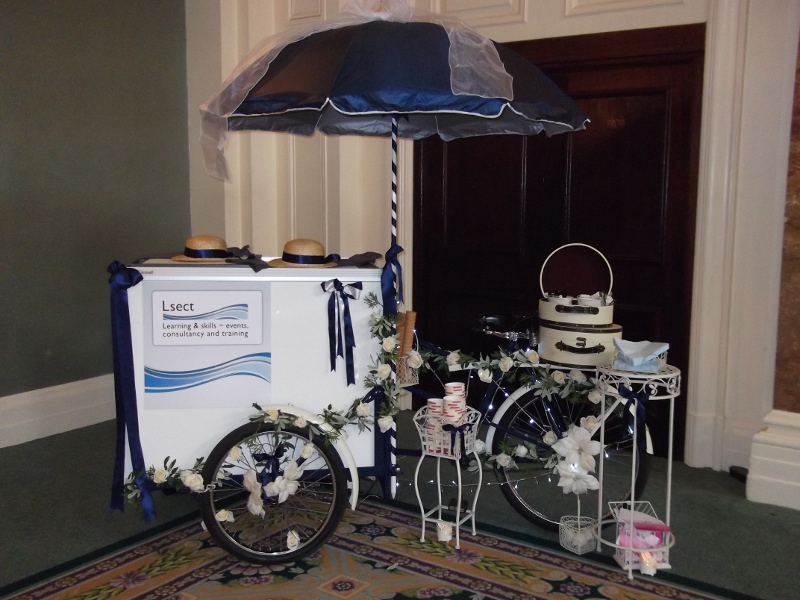 branded-ice-cream-tricycle